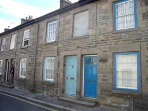 Property in West Street, Penryn