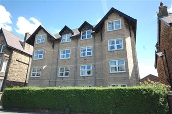 Property in Chudleigh Court, 40 East Parade, Harrogate