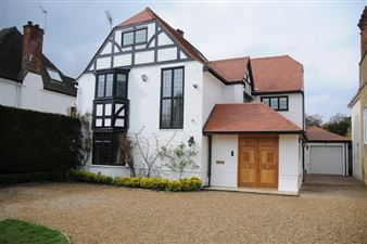 Property in Warboys Road Kingston Hill