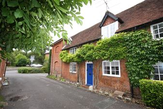 &#xA;                Property in HURSLEY NEAR WINCHESTER